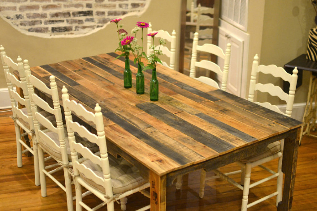 Palets barcelona palets y habitaciones palets barcelona - Como hacer una mesa de comedor ...