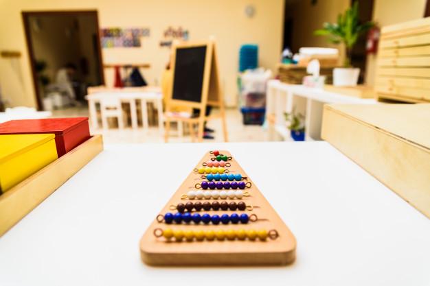 ¿Cómo conseguir una habitación Montessori usando palets de madera?